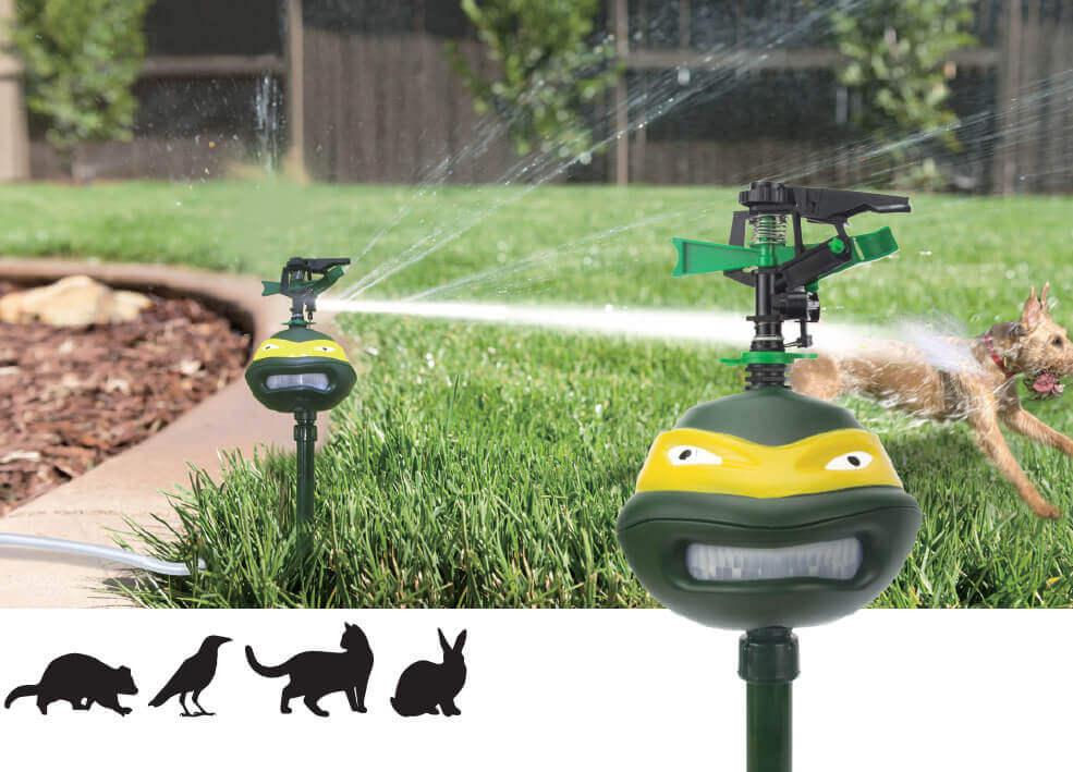 Outdoor cat repellent